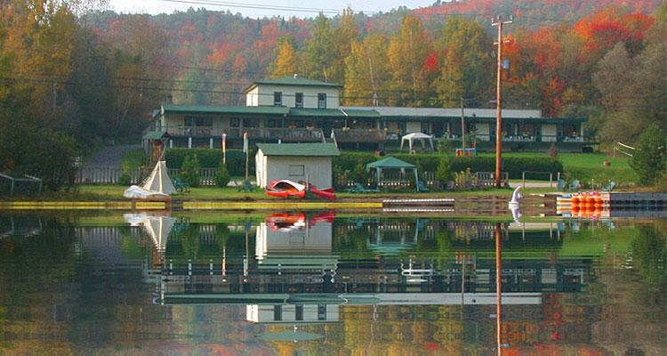 tremblant h tel motel auberge le bois du lac mont. Black Bedroom Furniture Sets. Home Design Ideas